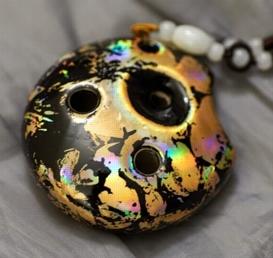 The italian ocarina taichi pendant ocarina with opal glaze effects mozeypictures Images